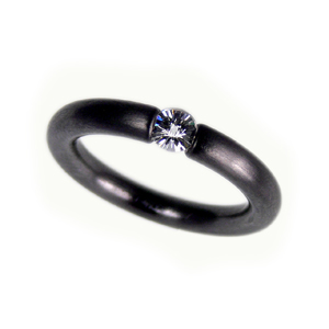 Tantalring mit Spirit-Diamond